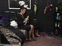 A good Maid meets her Domina Lezzy Cravings
