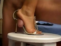 a top old-school feet verry fine shoejob