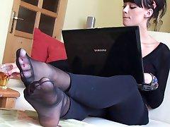 Nylon Feets 36