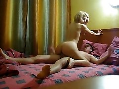 First-timer couple homemade fuck