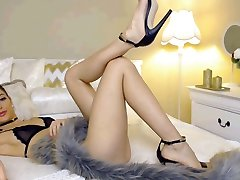 Super Hot Cam Girl with Outstanding feet and High Heels Part 1