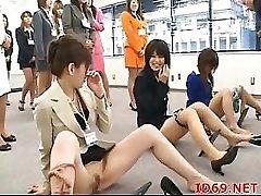 AV اليابانية نموذج