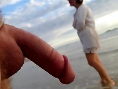 Public erection CFNM beach encounter between lady and masculine exhibitionist