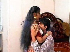 spectacular expressions from erotic mallu aunty
