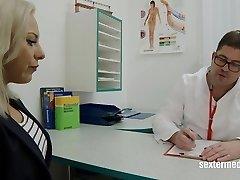 deutscher frauenarzt - ui, ui