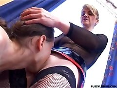 Nice oral for a blonde mature girl by young boy