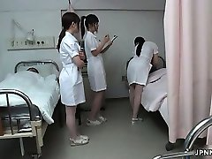 Japonais infirmière obtient coquine avec une cornée ph6