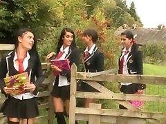 الفتيات Harltos السلوك السيئ المشهد 4