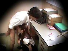 תלמידת בית ספר נתפס גונב סחט 3
