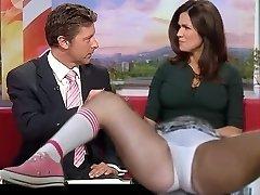 Susannah Reid stretches on live TV ..........