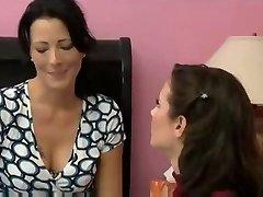 Milf seduces her friend for amazing lesbian hookup