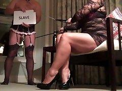 Femdom Sissy Hotwife Helps Cougar Advertise for BBC Fun