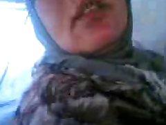 арабская женщина собачка
