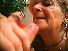 Horny blonde mature slut spreads her legs and gets her wet