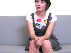 FakeAgent Luštna punca ima prvič obraza