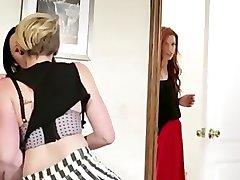 LESBIAN EXCLUSIVE - Miley Cyrus Seduces A Woman