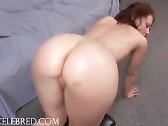 Shaved Slut Gets Her Muff Penetrated Anal Licking