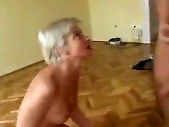 Sexxy Gilf taking ass-fuck