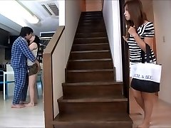 Ayumu Sena in drugih Japonskih deklet v kratkih krila groped
