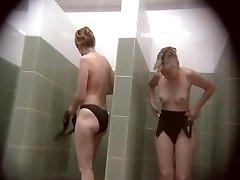 מצלמות נסתרות בריכה ציבורית מקלחות 751