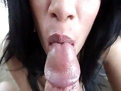 Sexiest close up spunk swallow ever