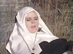 var nonnen machen i die zonne