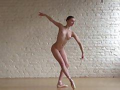 लचीली Ballerina Annett & नंगे क्लासिक