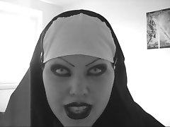 Sexy böse Nonne lipsync