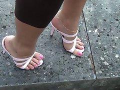 Ροζ ψηλά τακούνια