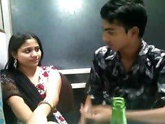 Indijski Desi seksi dekle v churidar