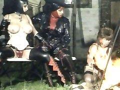 जर्मन रबर देवियों