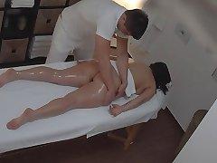 बड़े स्तन मालिश दृश्यरतिक (मंचन)