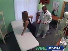 FakeHospital Lege creampies hot atletisk student med fantastisk kropp