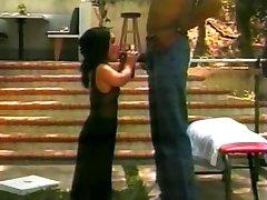 Mr. 18 Inch Tony Duncan Fucks Midget Girl