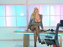 Lucy Zara sexy Office-Assistenten