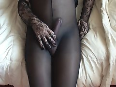 Cumming dans mes collants noirs