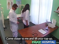 fakehospital medicii magic cocoș produce vocal orgasme de la pacient excitat
