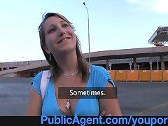 PublicAgent Er hun den Neste Top Model?