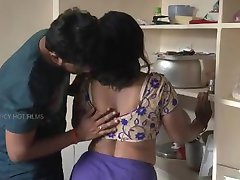 Pune acompanhantes - www.puneescortsagency.co.in -Quente Romântico Bhabhi com Seu Namorado