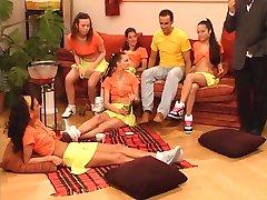 Schulmadchen im Reifetest - full tysk film