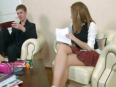Más Niña de la Escuela Porno de Rusia