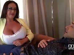 बड़े स्तन के परम प्रदान थेरेपी