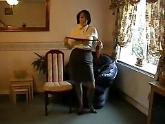 Taunting Milf in Nylon Stockings and Heels