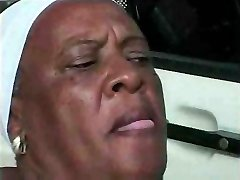 Babica Ebony 68 y Stare prekleti mlade bbc