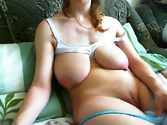 Sagging milky tits masturbates