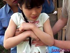 Esnek Asyalı öğrenciler üçlü kavşak bire hunk