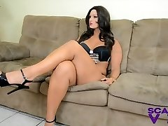 Foot Victims for Scarlet Stone FEMDOM FOOT WORSHIP HIGH HEELS
