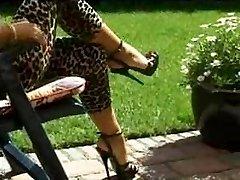 Black platform high high-heeled shoes