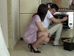 Nail housemaid
