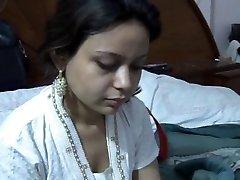 Sexy Paki Saira Khan Having Homemade Romp With Spouse